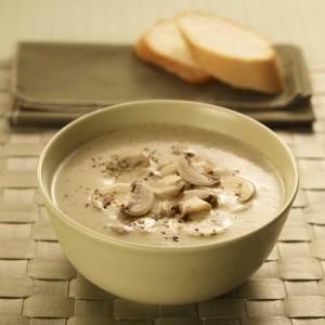 Hjemmelaget suppe med sopp og potet
